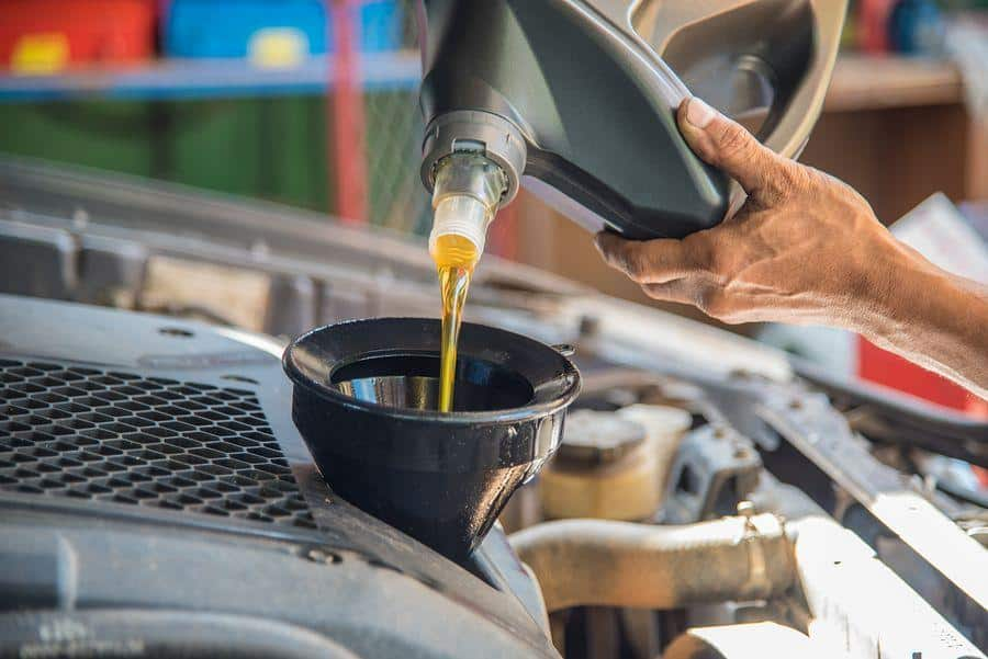 Accurate Service provides complete oil change services for cars, pickups, and SUV's to the communities of Tucson, Arizona.